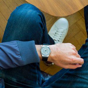 Quelle montre pour un petit poignet (homme) ?
